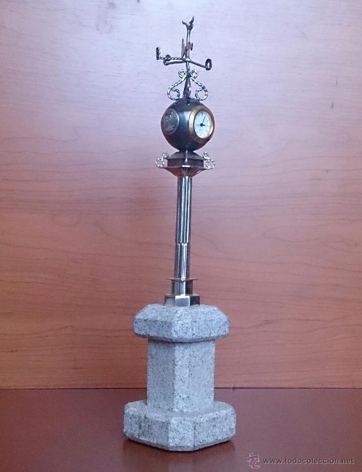 Antigüedades: Original escultura de reloj en plata de ley sobre peana de mármol , esfera de bronce y cristal . - Foto 8 - 48891065