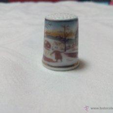 Antigüedades: DEDAL DE PORCELANA PINTADO A MANO DE COLECCIÓN .. Lote 48893642