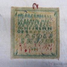 Antigüedades: ABECEDARIO BORDADO DEL SIGLO XIX. Lote 48921895