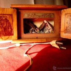 Antigüedades: DIORAMA MUSICAL DE BELÉN CON LUZ. Lote 48937100