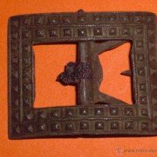 Antigüedades: ANTIGUA HEBILLA DE ZAPATO DE 1800. Lote 48940333