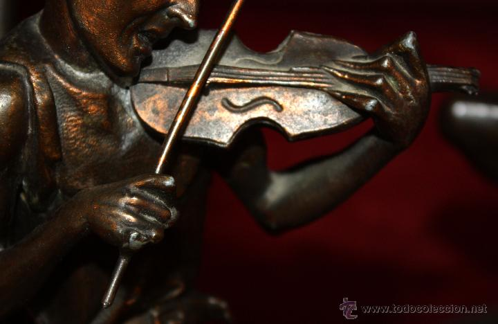 Antigüedades: PAREJA DE CANDELEROS EN CALAMINA DEL ULTIMO TERCIO DEL SIGLO XIX - Foto 9 - 48955413