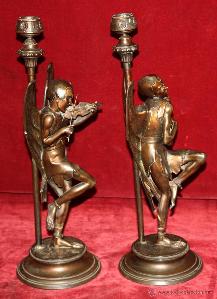 Antigüedades: PAREJA DE CANDELEROS EN CALAMINA DEL ULTIMO TERCIO DEL SIGLO XIX - Foto 12 - 48955413