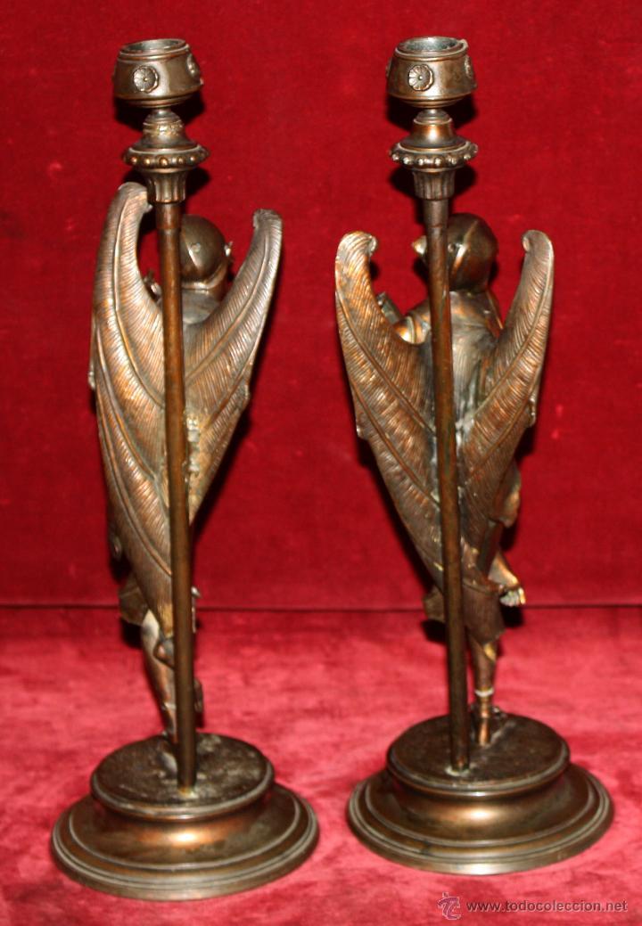 Antigüedades: PAREJA DE CANDELEROS EN CALAMINA DEL ULTIMO TERCIO DEL SIGLO XIX - Foto 13 - 48955413