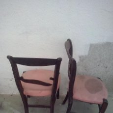 Antigüedades: PAREJA DE SILLAS ISABELINAS.. Lote 48959922