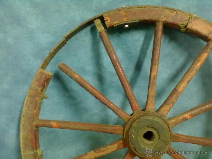 Antigüedades: RUEDA RADIOS CARRO CARRETA - Foto 3 - 49082221