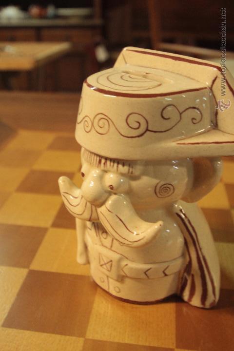 Antigüedades: HUCHA CERÁMICA CON IMAGEN DE TEJERO, MUY CURIOSA Y RARA -REF3500- - Foto 3 - 49118521