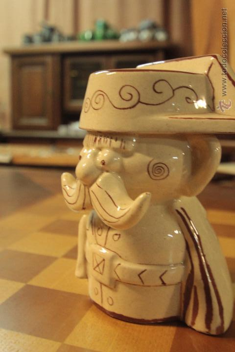 Antigüedades: HUCHA CERÁMICA CON IMAGEN DE TEJERO, MUY CURIOSA Y RARA -REF3500- - Foto 4 - 49118521