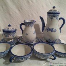 Antigüedades: JUEGO CAFÉ CERÁMICA ESMALTADA AZUL Y BLANCA-TALAVERA-1ª MITAD SIGLO XX. Lote 49133231