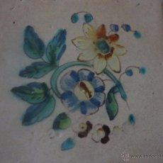 Antigüedades: AZULEJO FLOR DE ALCORA-SIGLO XVIII,ORIGINAL. Lote 49150684