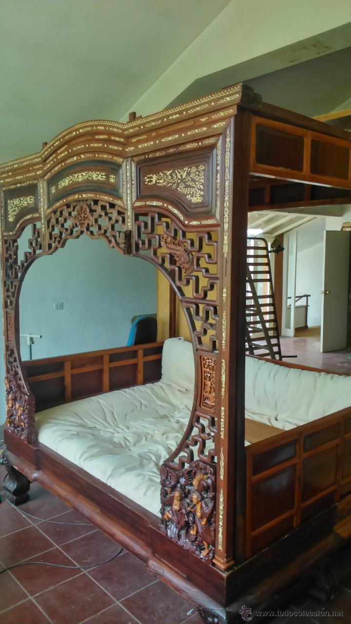 ESPECTACULAR CAMA CHINA PROCEDENTE DE UN PALACIO (Antigüedades - Muebles Antiguos - Camas Antiguas)
