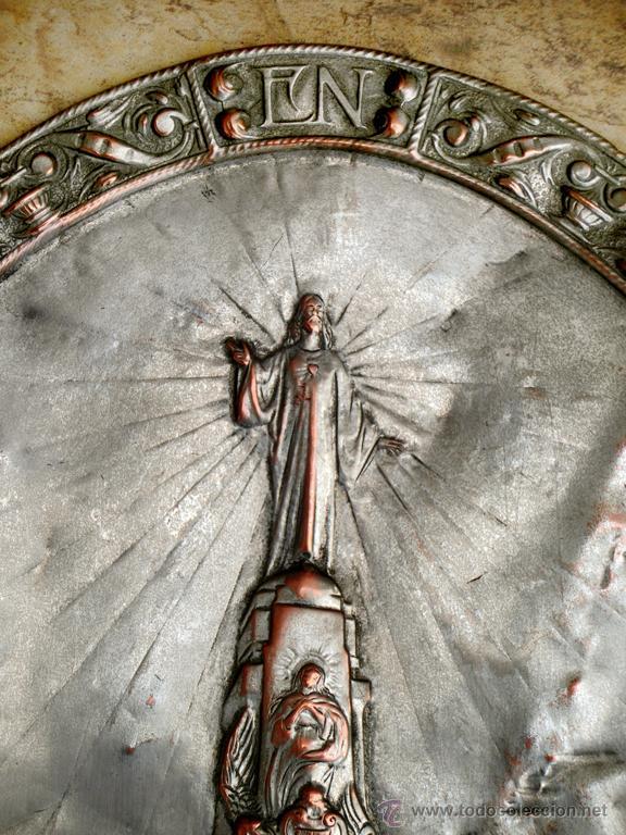 Antigüedades: ANTIGUA PLANCHA RELIGIOSA DE COBRE/LATÓN REPUJADO MONUMENTO SAGRADO CORAZÓN DE JESÚS REINO DE ESPAÑA - Foto 3 - 49162772