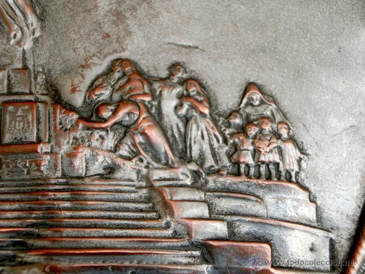 Antigüedades: ANTIGUA PLANCHA RELIGIOSA DE COBRE/LATÓN REPUJADO MONUMENTO SAGRADO CORAZÓN DE JESÚS REINO DE ESPAÑA - Foto 7 - 49162772