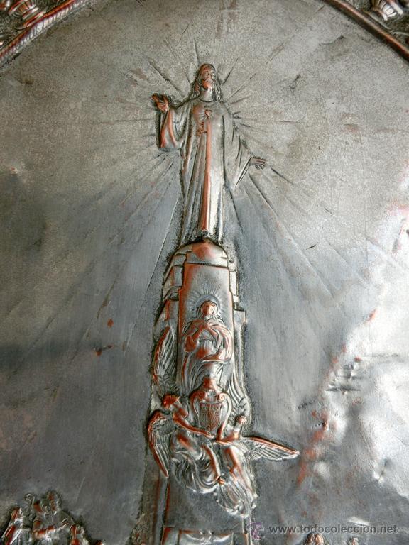 Antigüedades: ANTIGUA PLANCHA RELIGIOSA DE COBRE/LATÓN REPUJADO MONUMENTO SAGRADO CORAZÓN DE JESÚS REINO DE ESPAÑA - Foto 19 - 49162772