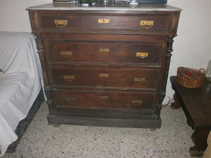 Restaurar comoda de madera cool comoda madera cepillada - Comodas antiguas restauradas fotos ...