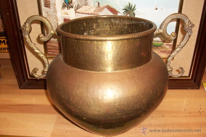 ANTIGUA VASIJA DE BRONCE (Antigüedades - Hogar y Decoración - Otros)