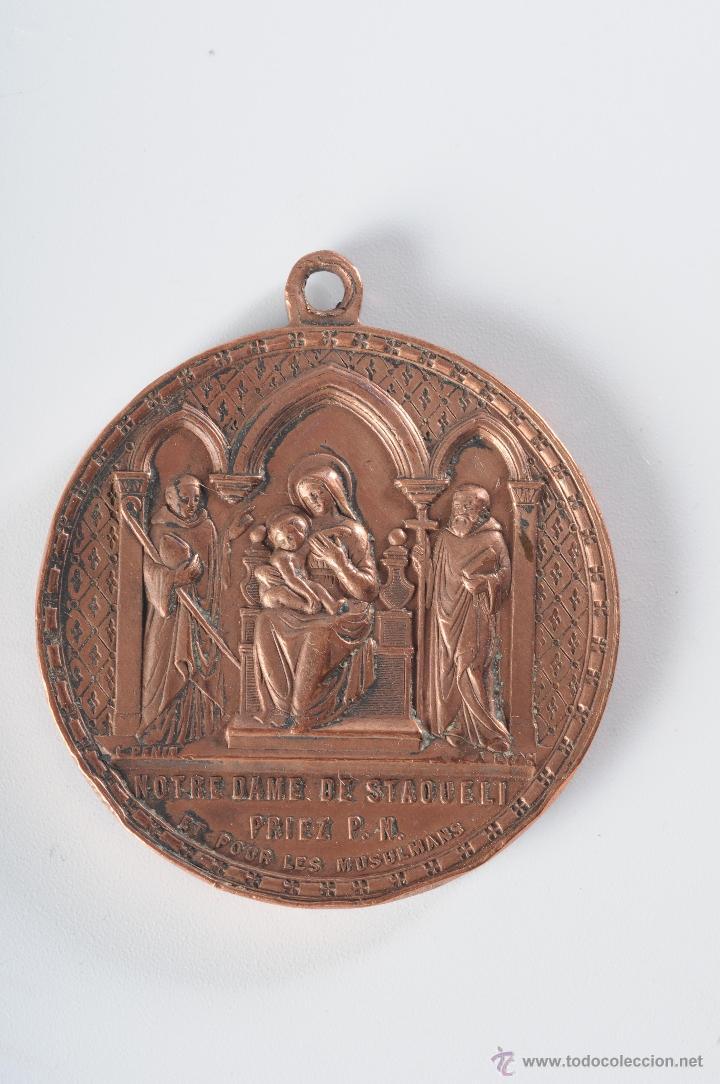 MEDALLA RELIGIOSA DE COBRE NOTRE DAME DE STAQUELI (Antigüedades - Religiosas - Medallas Antiguas)