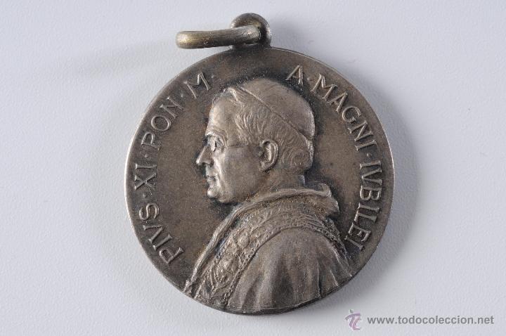 MEDALLA DE PLATA PIUS XI PON.M A.MAGNI IUBILEI (Antigüedades - Religiosas - Medallas Antiguas)