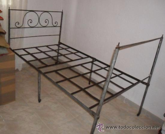 Antigüedades: OFERTA ESPECIAL: Antigua cama metalica - Foto 2 - 49218240
