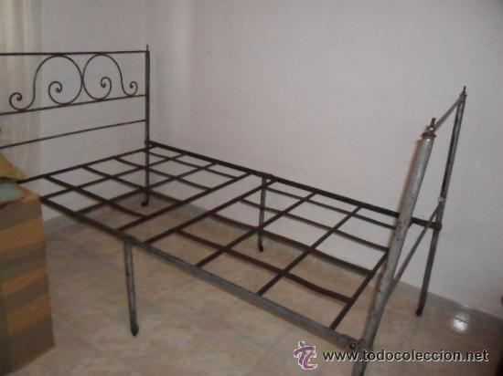 Antigüedades: OFERTA ESPECIAL: Antigua cama metalica - Foto 3 - 49218240