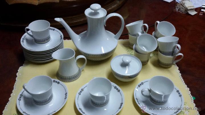 JUEGO DE CAFÉ/ VAJILLA DE 27 PIEZAS DE CERÁMICA BIDASOA (Antigüedades - Porcelanas y Cerámicas - Otras)
