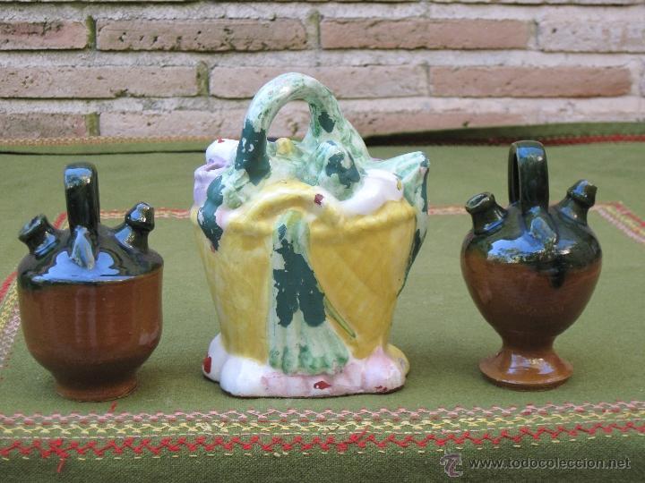 LOTE DE 3 BOTIJOS PEQUEÑOS. MANISES Y JAEN. (Antigüedades - Porcelanas y Cerámicas - Manises)