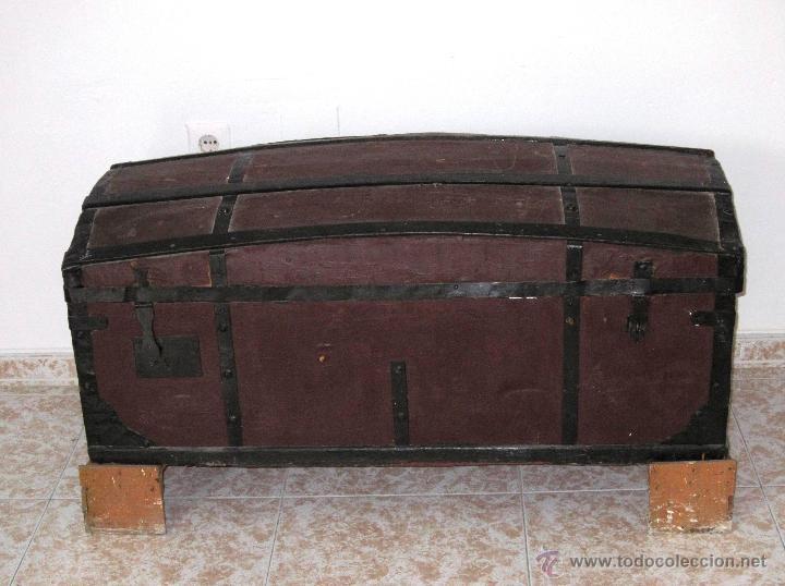 ANTIGÜO BAÚL DE VIAJE EN MADERA. (Antigüedades - Muebles Antiguos - Baúles Antiguos)