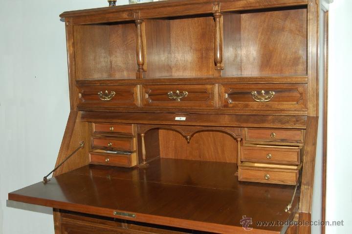 Antigüedades: Canterano-secreter-escritorio. En nogal y haya. Principios s. XX. Estilo inglés William and Mary. - Foto 2 - 49276091