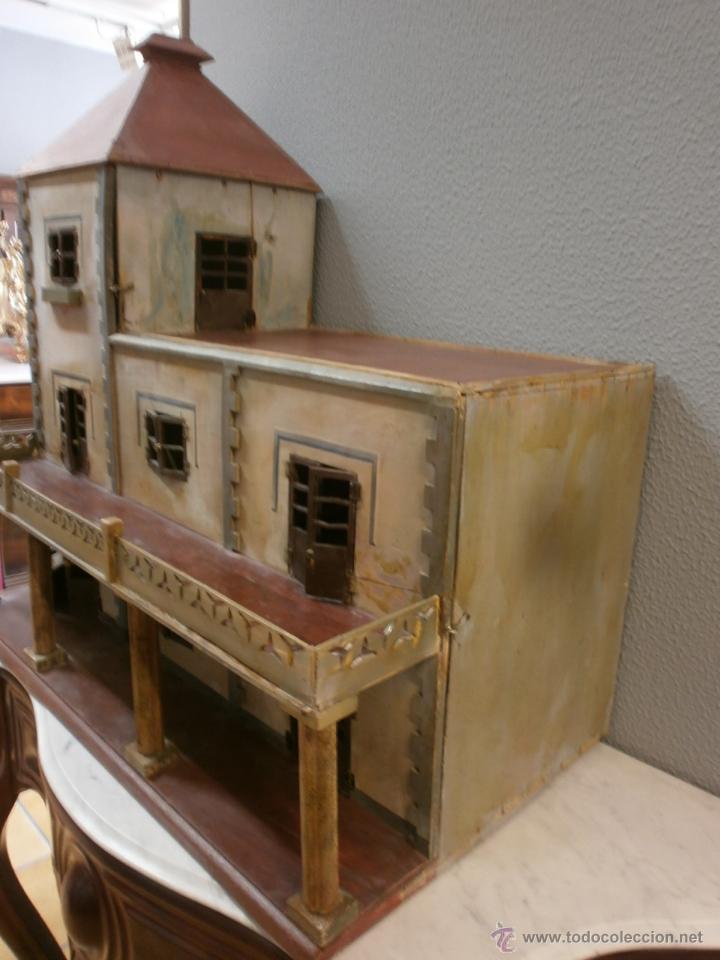 Casas de Muñecas: Antigua casa de muñecas-de madera-años 20- estilo colonial con torreón-contiene algunos muebles. - Foto 3 - 49287001