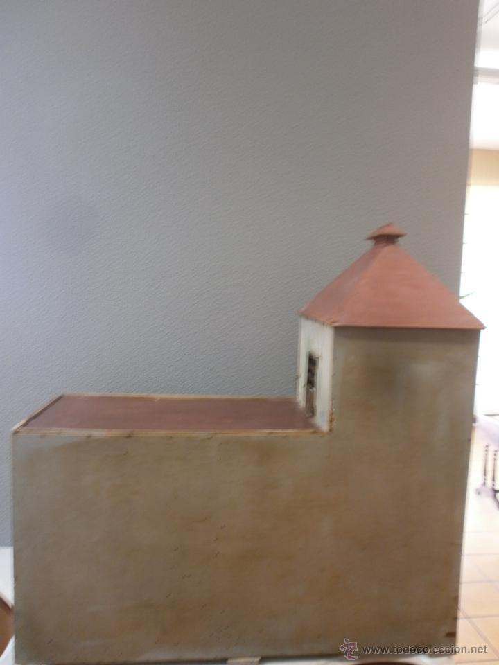 Casas de Muñecas: Antigua casa de muñecas-de madera-años 20- estilo colonial con torreón-contiene algunos muebles. - Foto 4 - 49287001