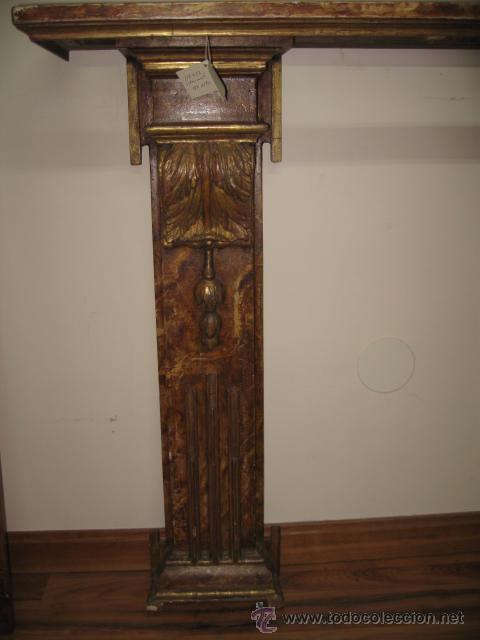 Antigüedades: Antigua Consola de madera tallada y dorada con tapa de marmol altura 97 cm. ancho 116 x 27 cm. - Foto 2 - 49307609