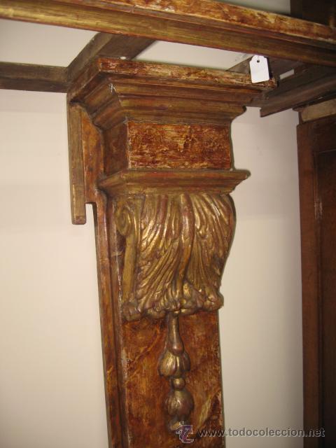 Antigüedades: Antigua Consola de madera tallada y dorada con tapa de marmol altura 97 cm. ancho 116 x 27 cm. - Foto 3 - 49307609