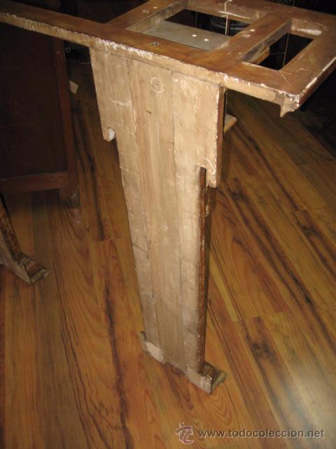 Antigüedades: Antigua Consola de madera tallada y dorada con tapa de marmol altura 97 cm. ancho 116 x 27 cm. - Foto 8 - 49307609