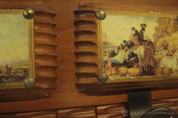 Antigüedades: percha años 60 con 3 colgadores, con imágenes 67x22cm -ref500- - Foto 3 - 49310686
