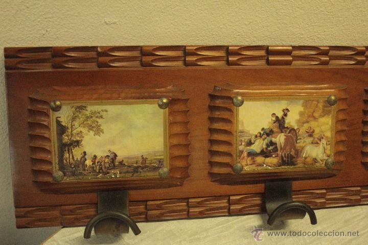 Antigüedades: percha años 60 con 3 colgadores, con imágenes 67x22cm -ref500- - Foto 4 - 49310686