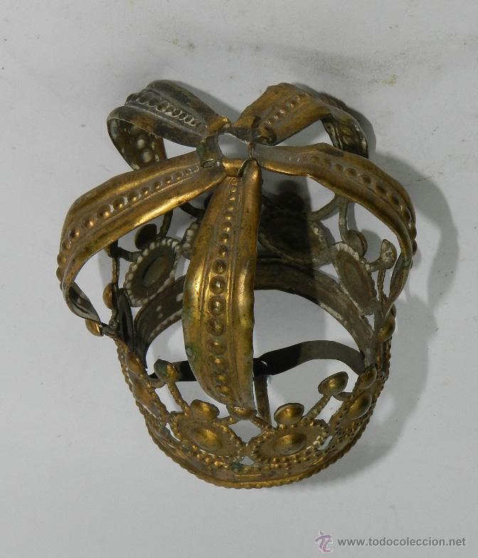 Antigüedades: ANTIGUA CORONA PARA VIRGEN DE VESTIR, CON PRECIOSOS CALADOS, TIENE 5 CMS DE DIAMETRO EN LA BASE. TAL - Foto 3 - 49315662