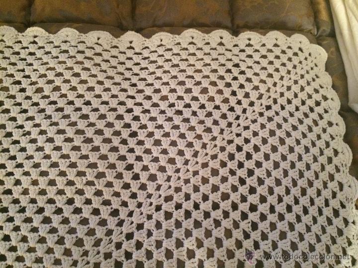 Antigüedades: Aniguo tapete de ganchillo blanco - Foto 3 - 49329556
