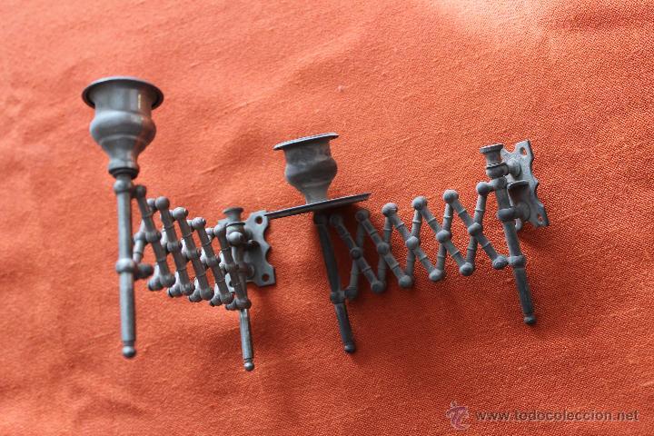 Antigüedades: PAREJA DE APLIQUES PLATEADOS EXTENSIBLES, DE PIANO, SIGLO XIX - Foto 3 - 142066969