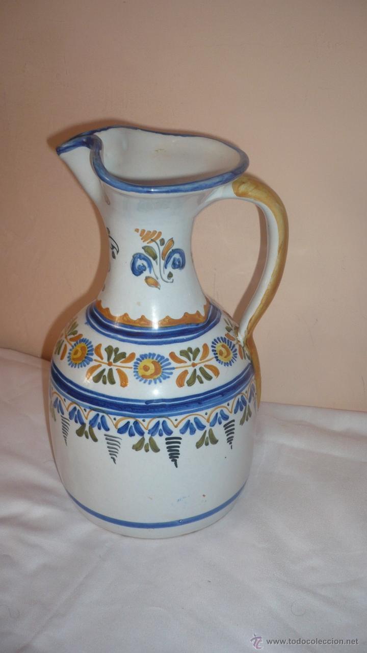 PRECIOSA JARRA DE TALAVERA FIRMADA (Antigüedades - Porcelanas y Cerámicas - Talavera)