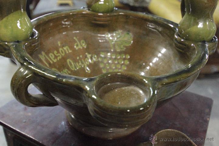 Antigüedades: Gran plato o cuenco, con 2 jarritas. En barro vidriado, Mesón de Don Quijote -ref3500- - Foto 5 - 49420714
