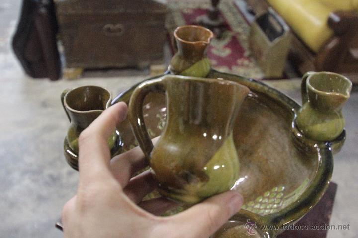 Antigüedades: Gran plato o cuenco, con 2 jarritas. En barro vidriado, Mesón de Don Quijote -ref3500- - Foto 6 - 49420714