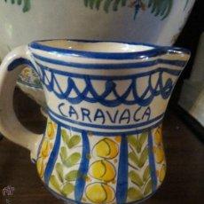 Antigüedades: JARRA CERAMICA LARIO CON FIRMA,CARAVACA.PINTADA A MANO.. Lote 49426489