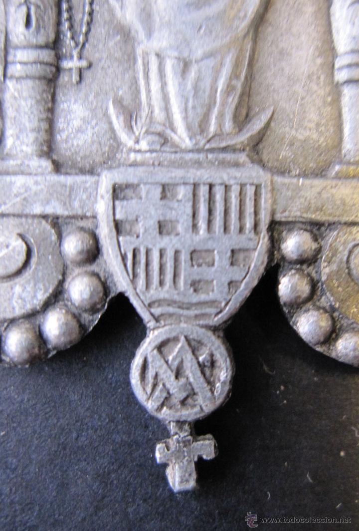 Antigüedades: ANTIGUA MEDALLA VERGE DEL ROSER. ROSARIO. ESCUDO BARCELONA. 5 X 3 CM - Foto 2 - 49430031