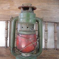 Antigüedades: CANDIL DE HOGAR , QUINQUE , BAT Nº 158 VERDE CON CRISTAL ROJO. Lote 49432395