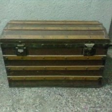 Antigüedades: BAUL MADERA TAPA CURVA PARA FORRAR. Lote 49440561