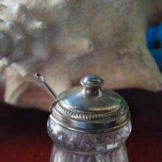 Antigüedades: ANTIGUO TARRITO DE CRISTAL Y TAPA DE PLATA. Lote 49443318