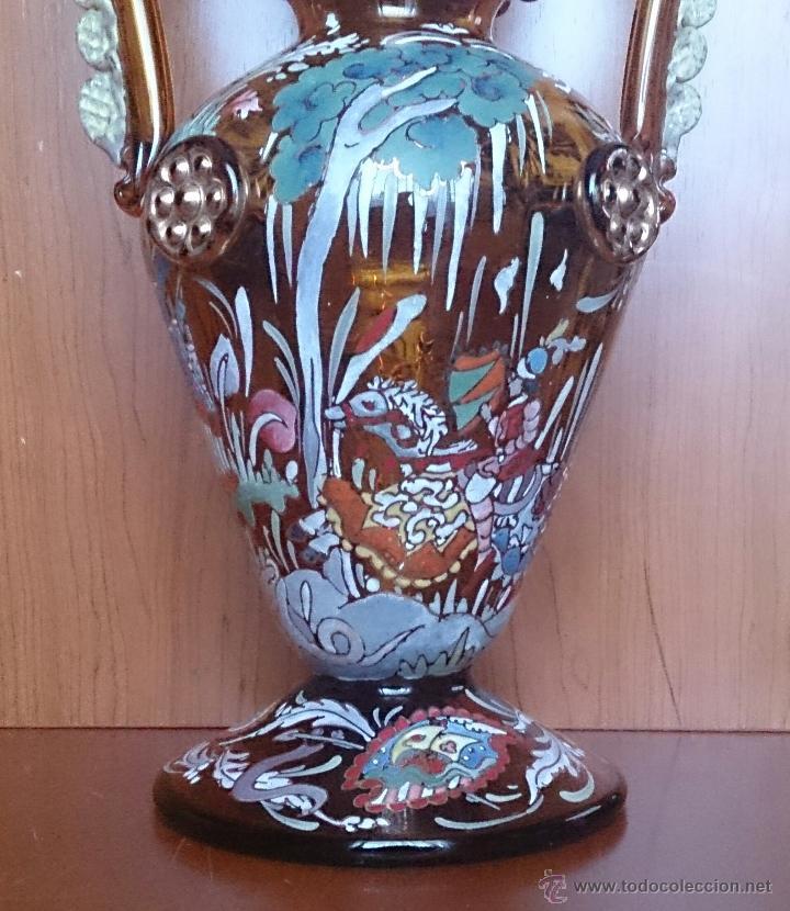 Antigüedades: Jarrón antiguo en cristal ambar esmaltado al fuego y firmado por el artista vidriero Royo, 37,5 CM . - Foto 15 - 49482009