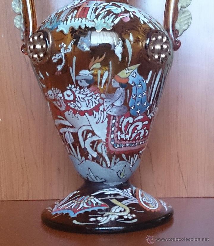 Antigüedades: Jarrón antiguo en cristal ambar esmaltado al fuego y firmado por el artista vidriero Royo, 37,5 CM . - Foto 19 - 49482009