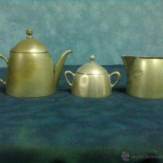Antigüedades: JUEGO METAL PLATEADO TRES PIEZAS SERVICIO CAFE PARA RESTAURAR. Lote 49508325