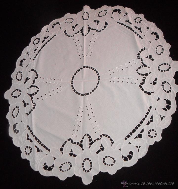 Antigüedades: Mantel / tapete modernista bordado a mano - Foto 2 - 49510547